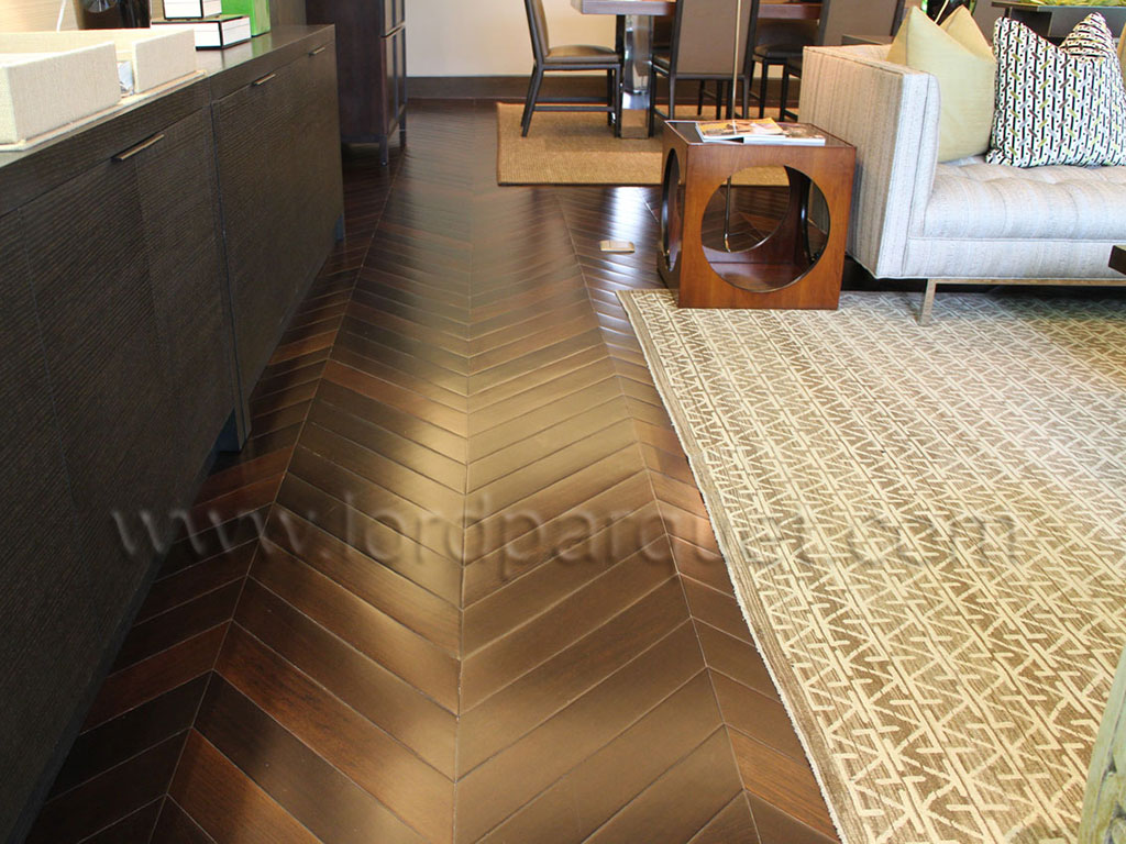 45 degree chevron engineered flooring lordparquet floor for Wood floor 90 degree turn
