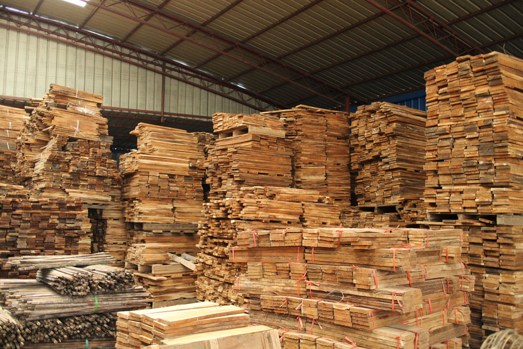 Short Leaf Acacia Timber Material